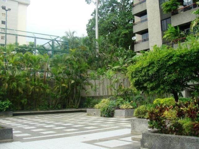 mls #20-8614 apartamento en venta el bosque. negociable em