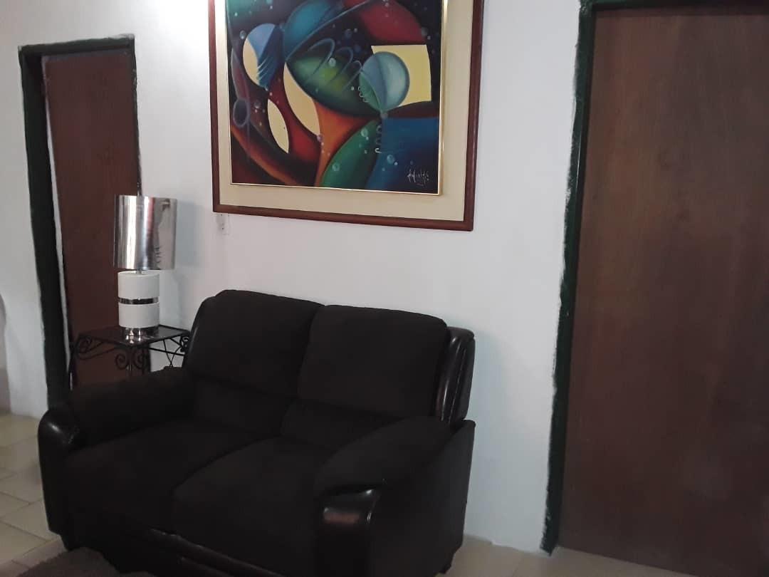 mn inmobiliaria vende casa en villa jade, puerto ordaz.