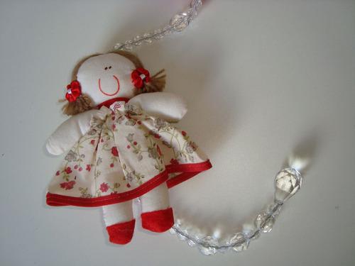 móbile infantil cordão miçangas bonecas tecido estampado 05
