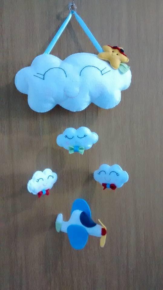 Móbile Porta Nuvens Para Quarto De Bebê Em Feltro  R$ 100,00 em Mercado Livre