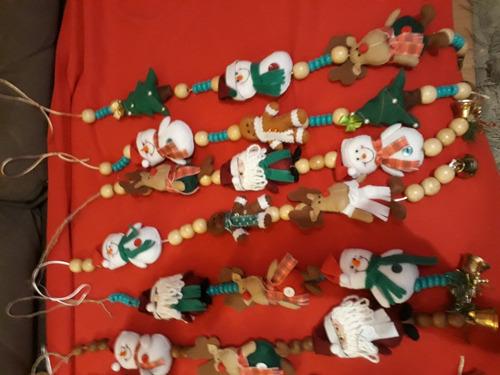 móbiles e bonecos para árvore de natal.