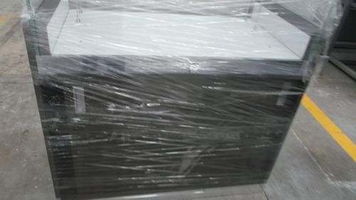 mobiliario de mdf al alto brillo