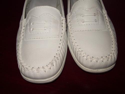 mocasines blancos de cuero para damas en talla 38 - 37