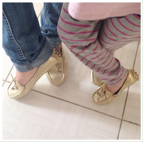 4ca5eeeb06 mocassim feminino moda mãe e filha. Carregando zoom.