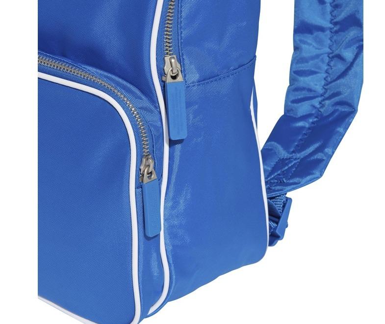 adff6c794 Mochila adidas Originals Classic Média Azul - Único - Azul - R$ 189 ...