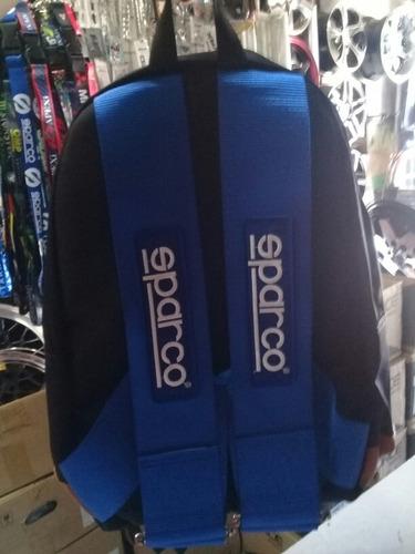 mochila  azul nueva. envio gratis