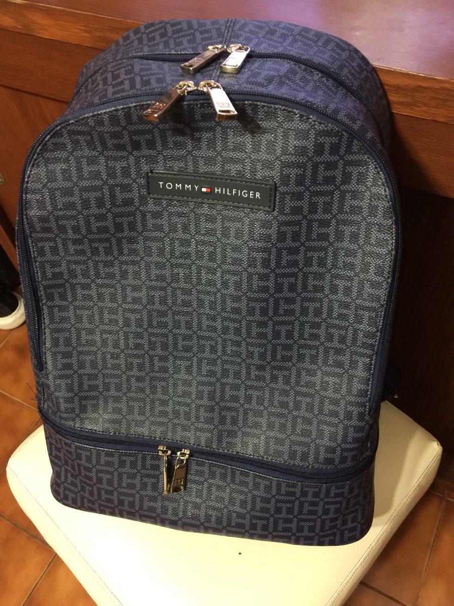 b49a717ff6be mochila bolso para dama tommy hilfiger modelo savannah. Cargando zoom.