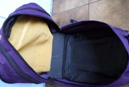 mochila com rodinhas comprada nos estados unidos seminova