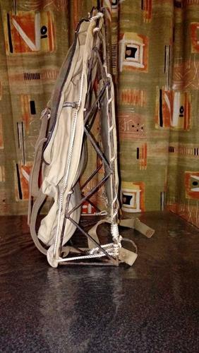 mochila de campaña antigua
