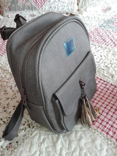 mochila de cuero