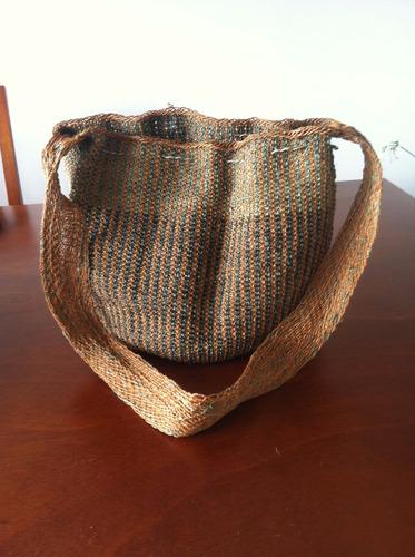 mochila en fique tinturado - artesanía original