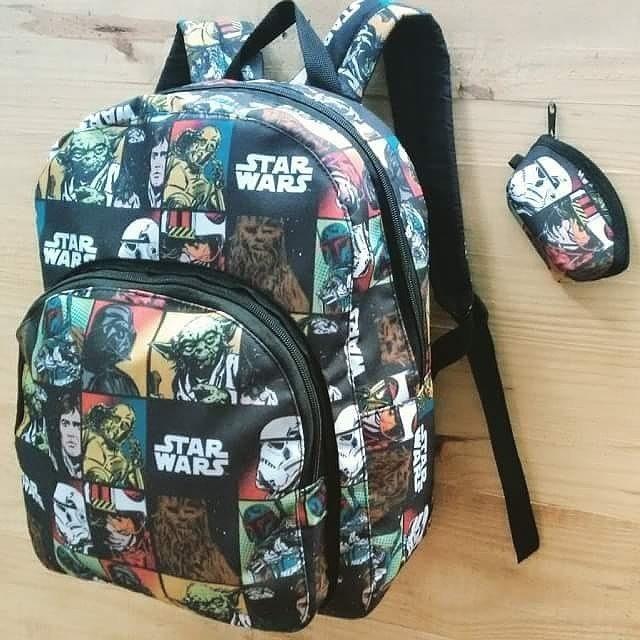 b08f6fac6f Mochila Escolar Star Wars Leticia Diniz. - R  95