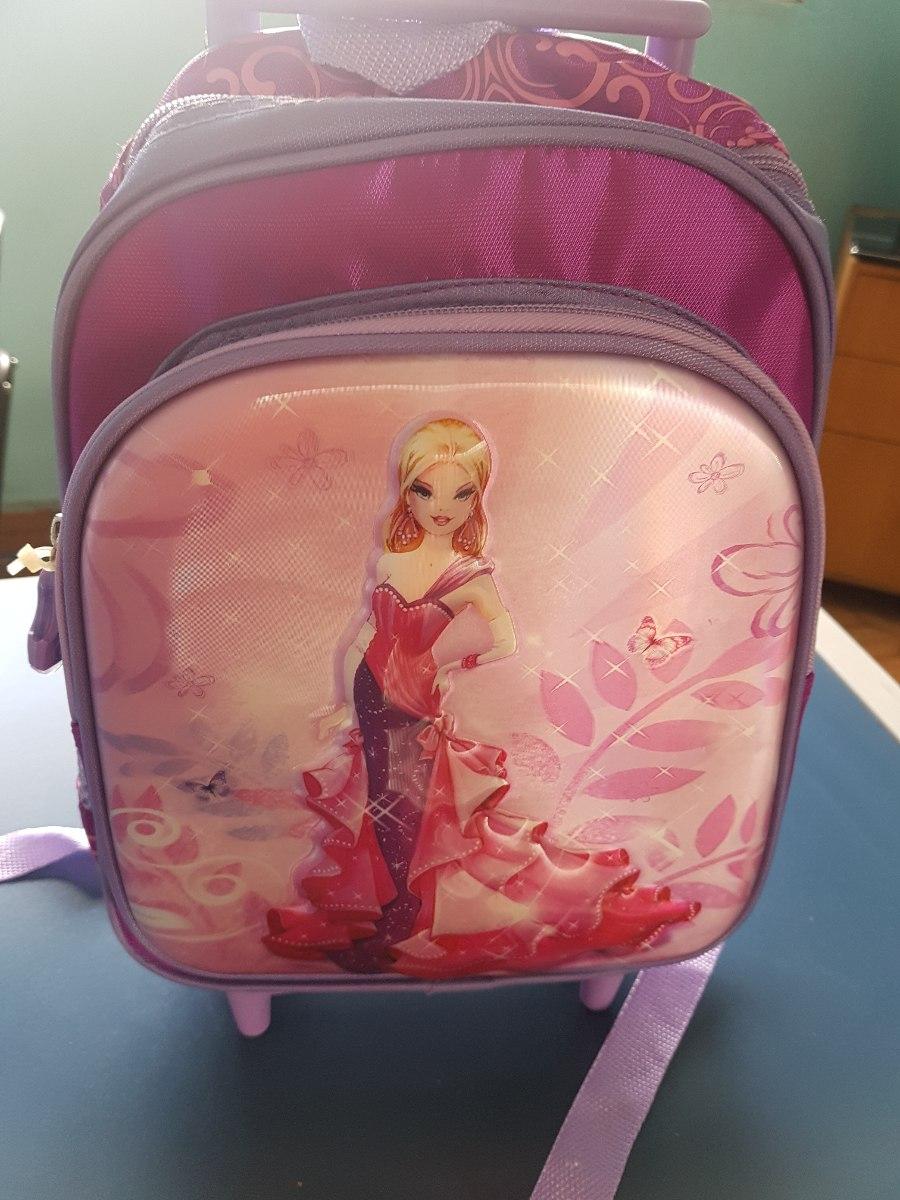 8a981acae mochila feminina escolar princesa com rodinha 3d infantil 12. Carregando  zoom.
