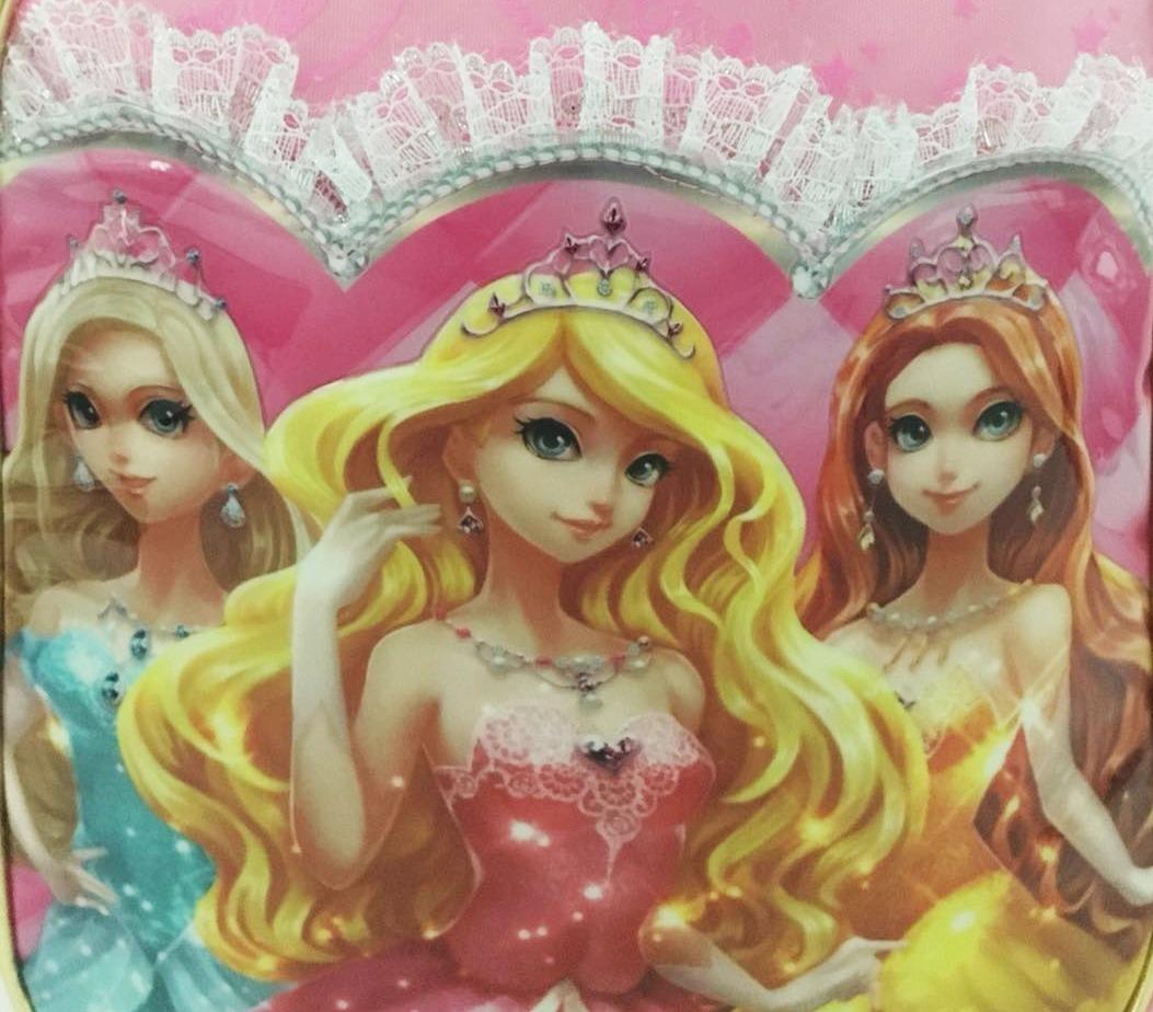3a95f480e mochila infantil feminina de costas princesa c4036 tamanho m. Carregando  zoom.