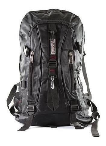 mochila masculina impermeável preta caveirão 50 litros