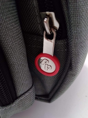 mochila maternal fisher price con cambiador roja