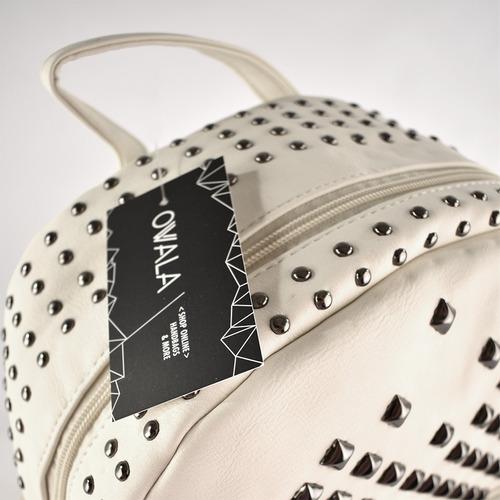 mochila mujer cuero sintético blanca tachas plateadas mixtas