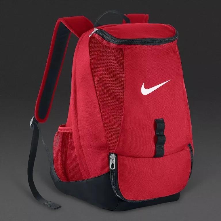 07811aa4e Mochila Nike Club Team Swoosh Roja - $ 2.199,00 en Mercado Libre