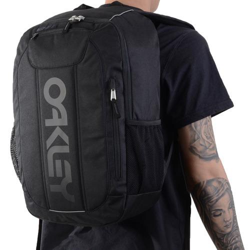 f967950d1244f Mochila Oakley Enduro 20l 3.0 Preta  tamanho  - R  299