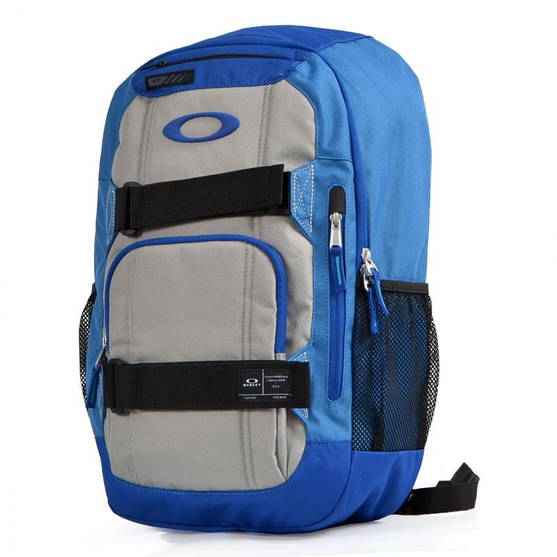 Mochila Oakley Enduro Sapphire 22l Azul - R  349,90 em Mercado Livre ee9128a93a