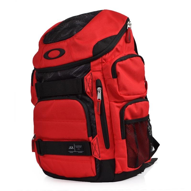 ... Mochila Oakley Enduro Vermelha 30 Litros - R 349,00 em Mercado Livre  151cf4c6a8ba42 ... 8aacce7784