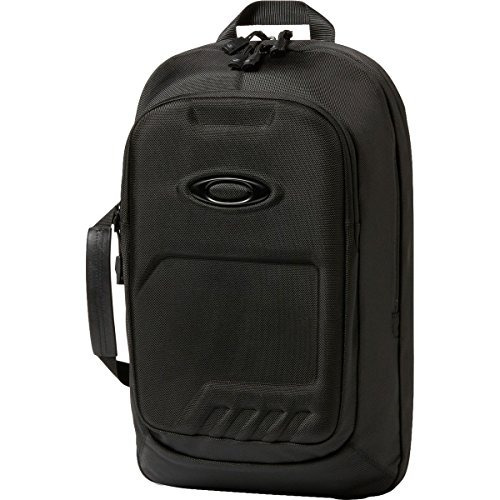 mochila oakley men's motion tech 2.0, blackout one size