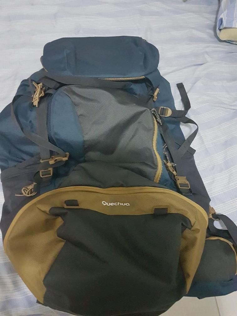 a8e593015a mochila quechua escape 70 litros usada. Carregando zoom.
