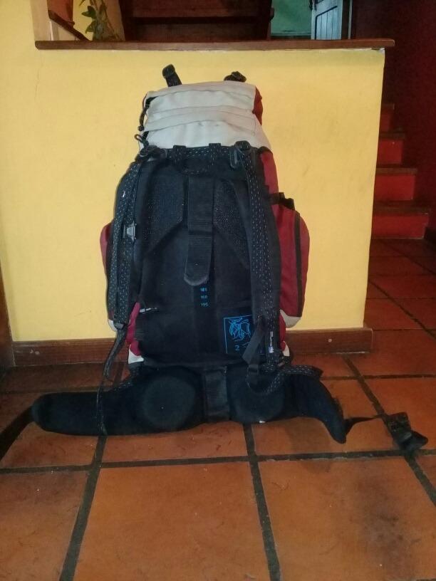 e05d7a8de mochila - quechua forclaz 10 air - 70 lts. Cargando zoom.