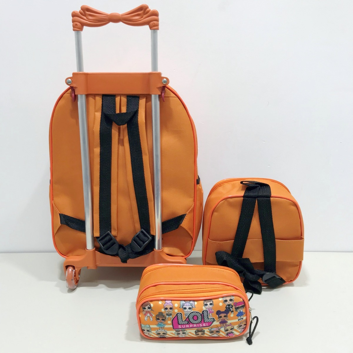 bde9ec9aa3 mochila rodinha infantil lol surprise modelo 2019 laranja. Carregando zoom.