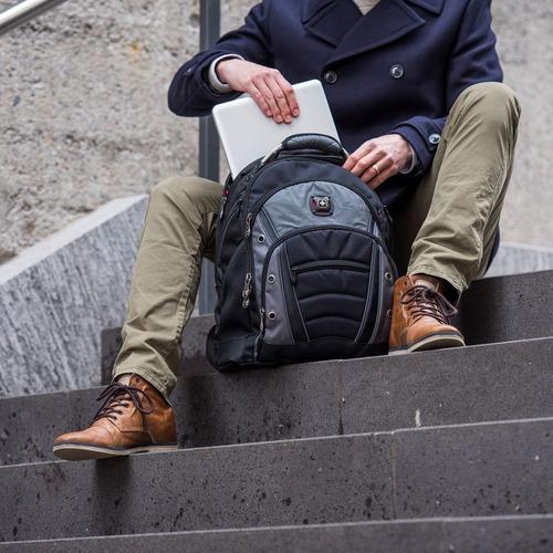 mochila suíça wenger notebook 16 e tablet reforçada synergy
