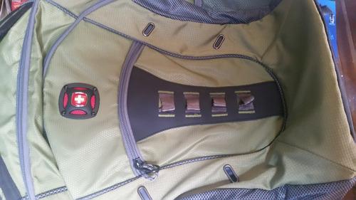 mochila suiza, excelente calidad, mochila laptop