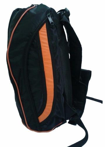 mochila volcom laranja com capa para chuva espaço notebook