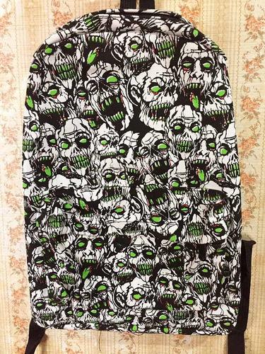 mochila zombies