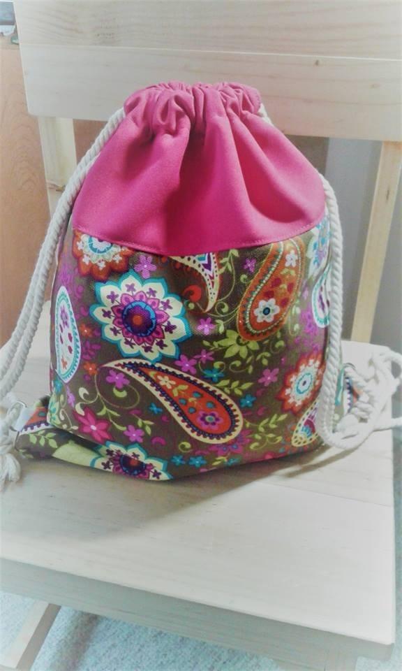 2f3d4342a Mochila/bolso De Tela Semi-impermeable - $ 8.500 en Mercado Libre