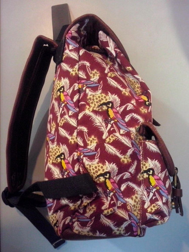 mochilas uniform estampadas. originales!