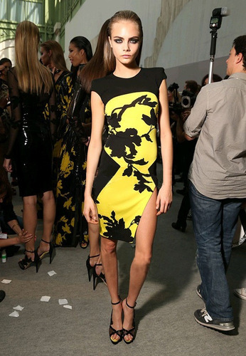moda sexy mini vestido fiesta negro amarillo sin mangas