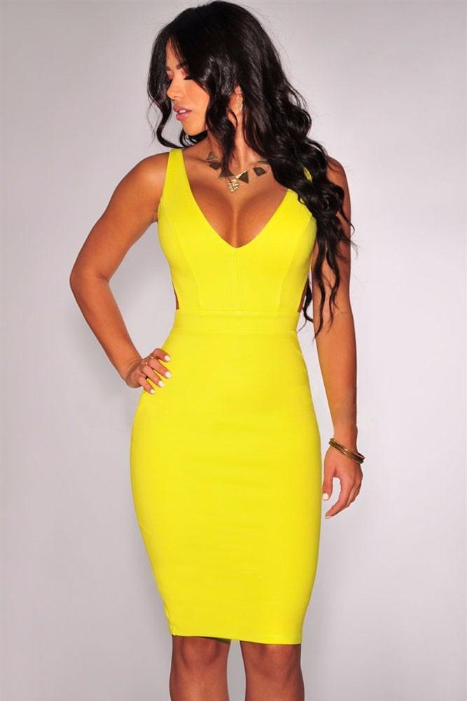 0653d7b85 moda sexy vestido fiesta de tirantes amarillo con aberturas. Cargando zoom.