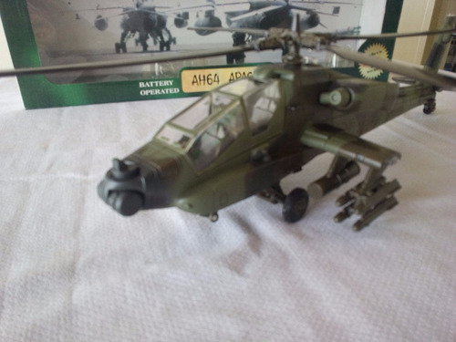 modelo helicoptero apache ah64