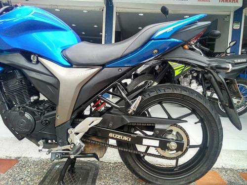 modelo moto suzuki