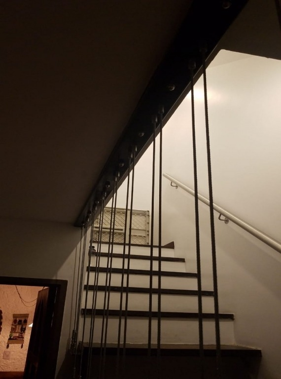 moderna casa en 2 plantas !excelente zona !acepta propiedad en mayor valor ...