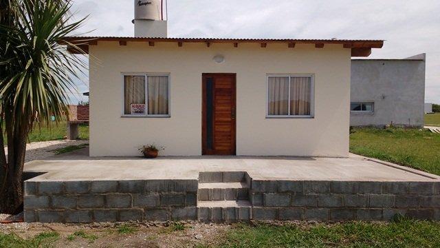 moderna casa en barrio privado las lomas