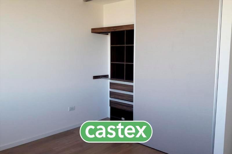 moderna casa en venta a estrenar en castaños, nordelta