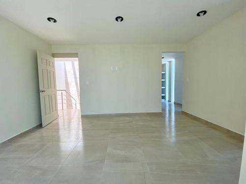 moderna casa equipada ubicada en esquina super ubicación