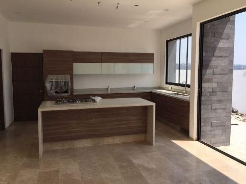 moderna casa nueva en cumbres del lago acabados de primera c