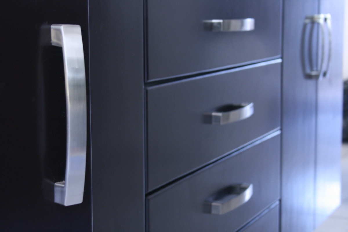 Modernas jaladeras para cocina y closet minimalista 94 for Zapateras modernas para closet
