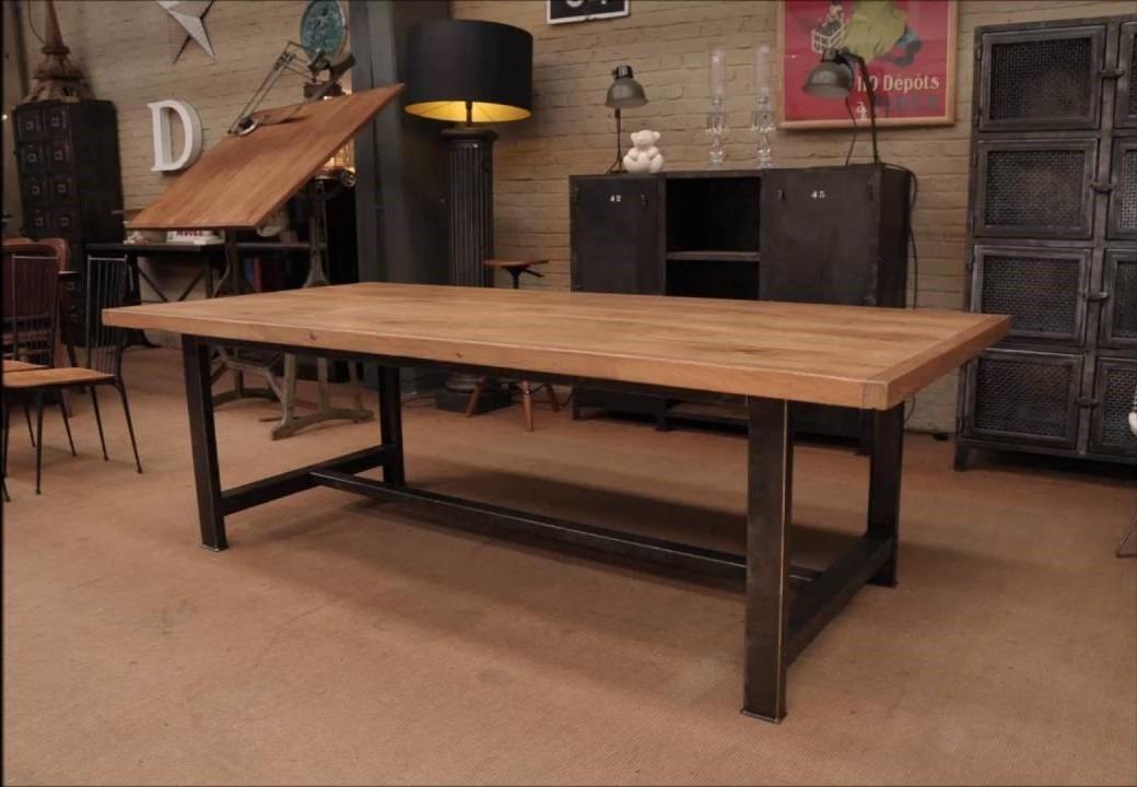 Modernas mesas de comedor en hierro y madera tipo for Mesa comedor industrial extensible