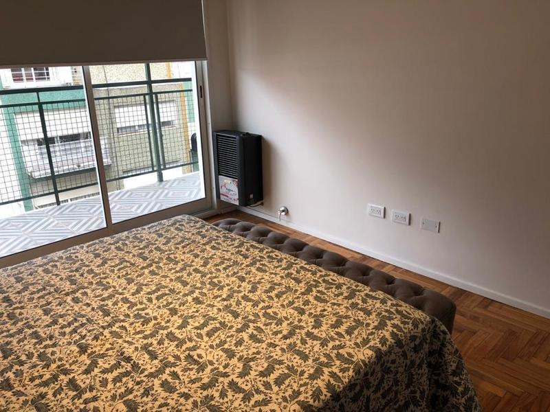 moderno 3 ambientes con gran balcon corrido