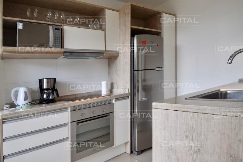 moderno apartamento de 1 dormitorios en la mansa con muy buenos servicios y parrillero propio!-ref:26688