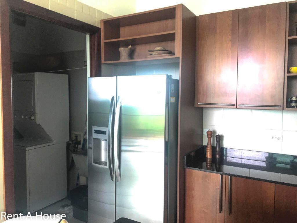 moderno apartamento en alquiler en amador panamá cv