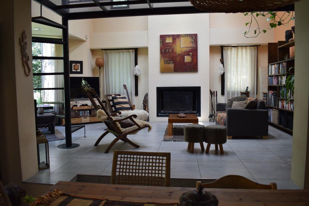 moderno chalet 4 ambientes con unico diseño - bpr - venta